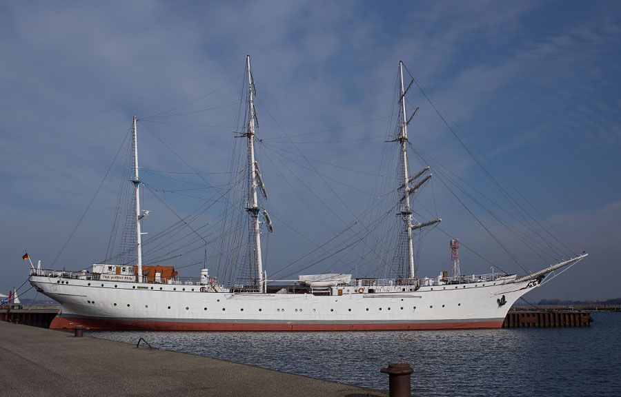 """Gorch Fock"" am Hafen in Stralsund"